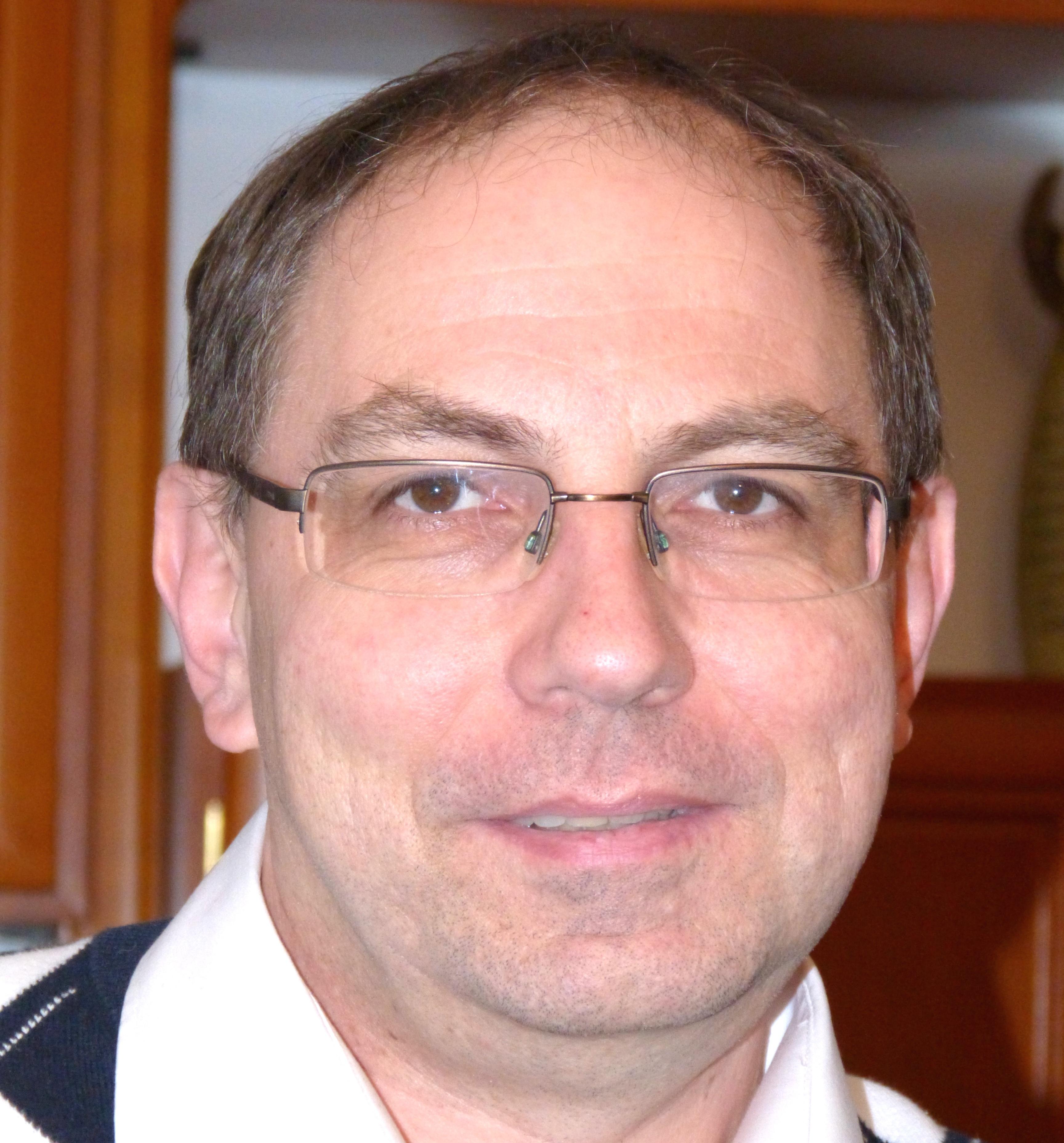 Dr. Ralph Halder